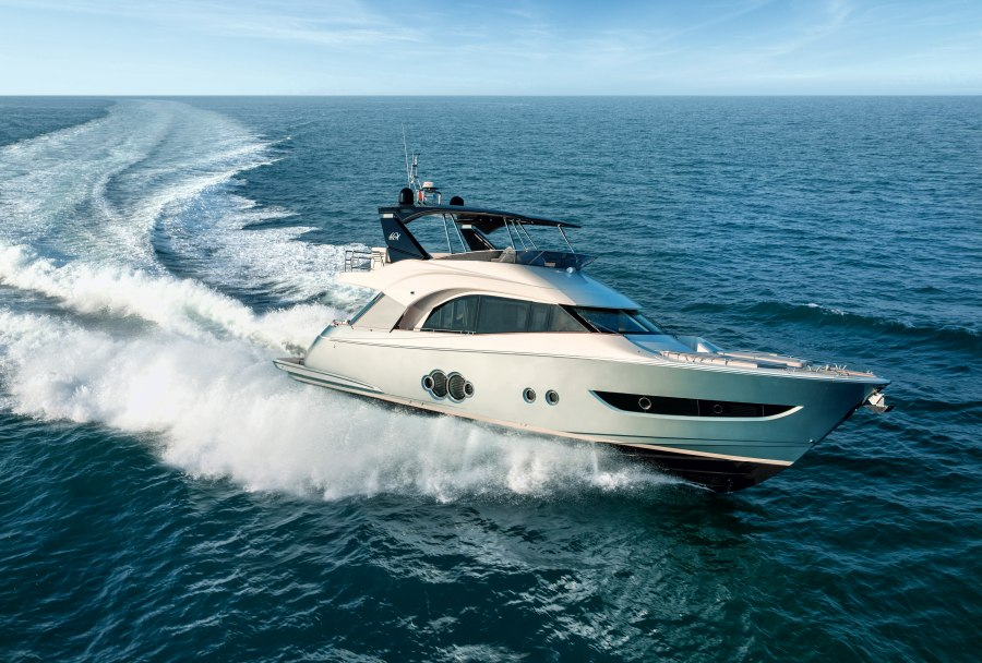 LUXUS MONTE CARLO YACHTS